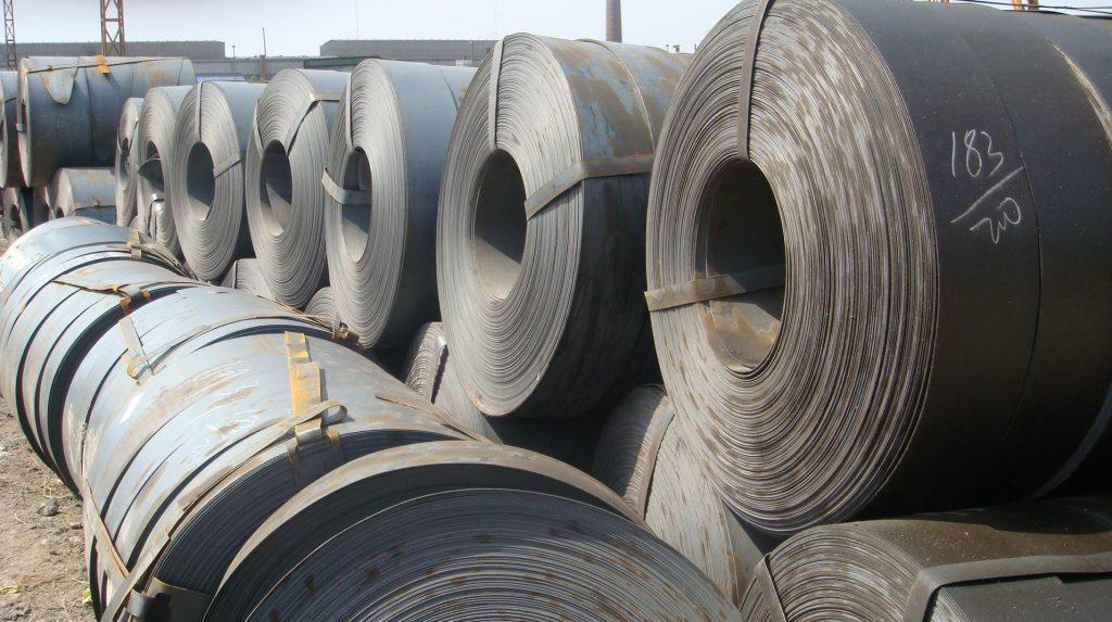 La lamina negra lisa se utiliza principalmente para la industria de la construcción y la metal mecánica dependiendo la necesidad