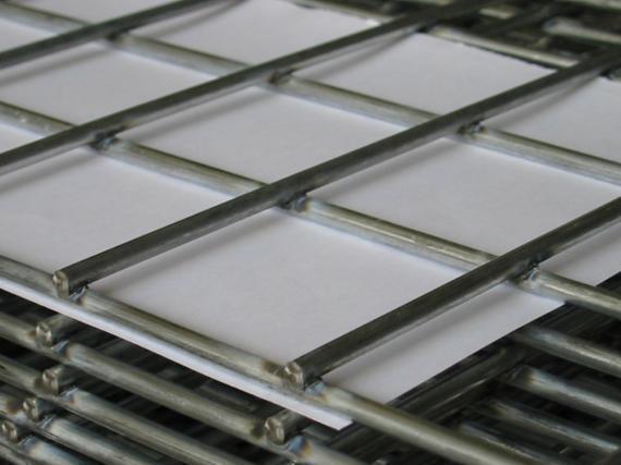 Panel de malla electrosoldada de alambre galvanizado