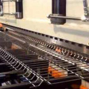 Pliegues de la reja de acero verde le dan mayor seguridad en su durabilidad