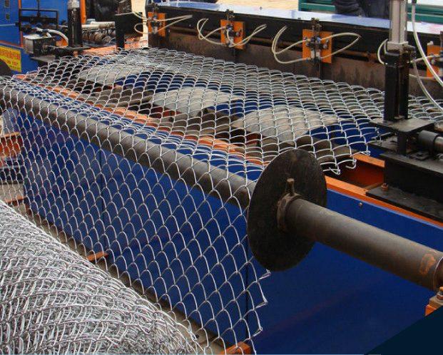 Máquina de malla ciclónica para distribuidores de acero en Méxixo, menos costes y mayor calidad
